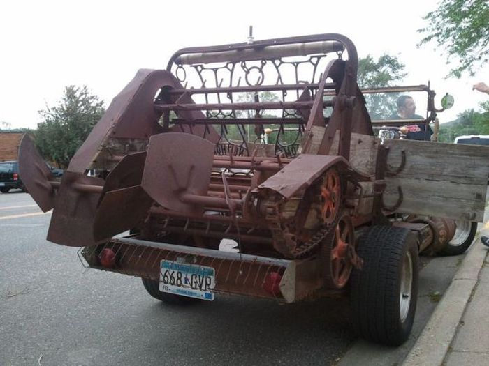 Minnesota Farmer Builds a Roadster (9 pics)