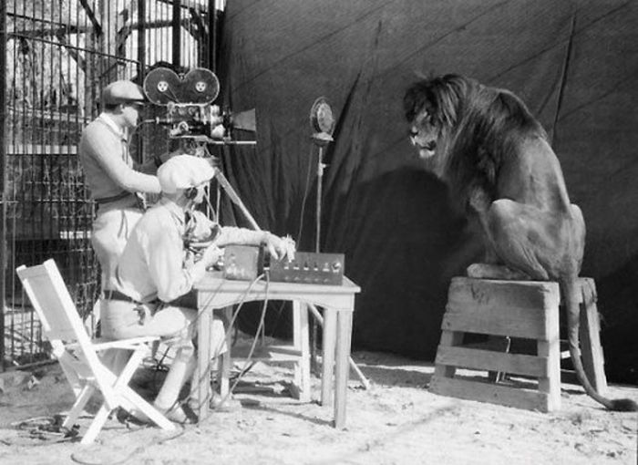 Behind the Scenes of the Famous Movies (26 pics)