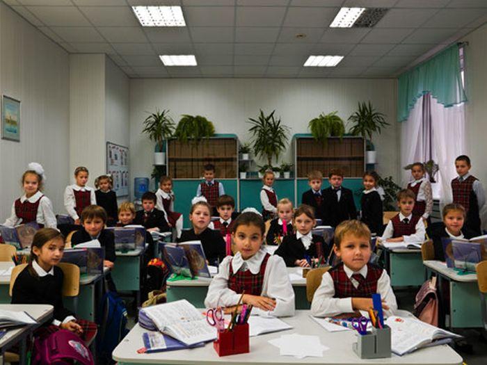 Classrooms Around the World (20 pics)
