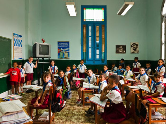 Classrooms Around the World (20 pics)