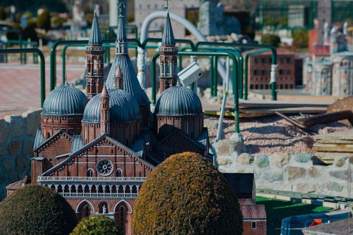 Italy in Miniature (35 pics)