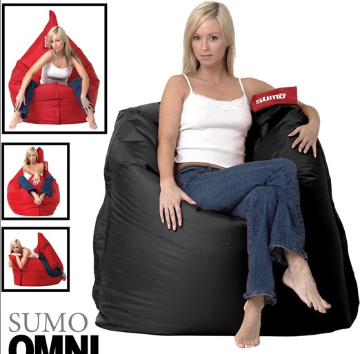Girls on Sumo Bean Bag Chairs (19 pics)