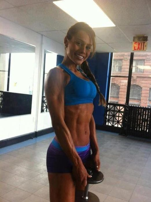 Girls with Abs, Hot or Not? (45 pics)