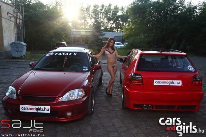 Hungarian Girls and Cars (112 pics)
