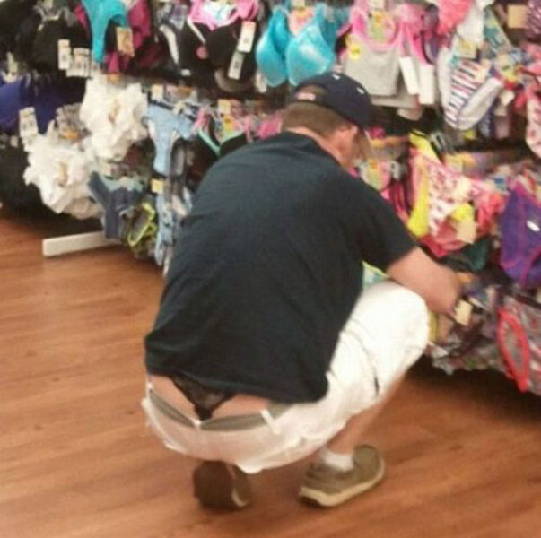 People Doing Crazy Things and Wearing Crazy Clothes (63 pics)