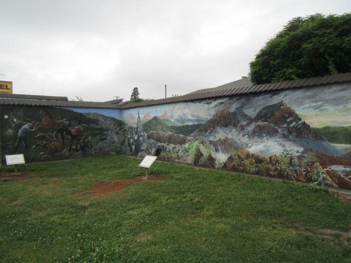 Wall Art in the Tasmanian City of Sheffield (22 pics)