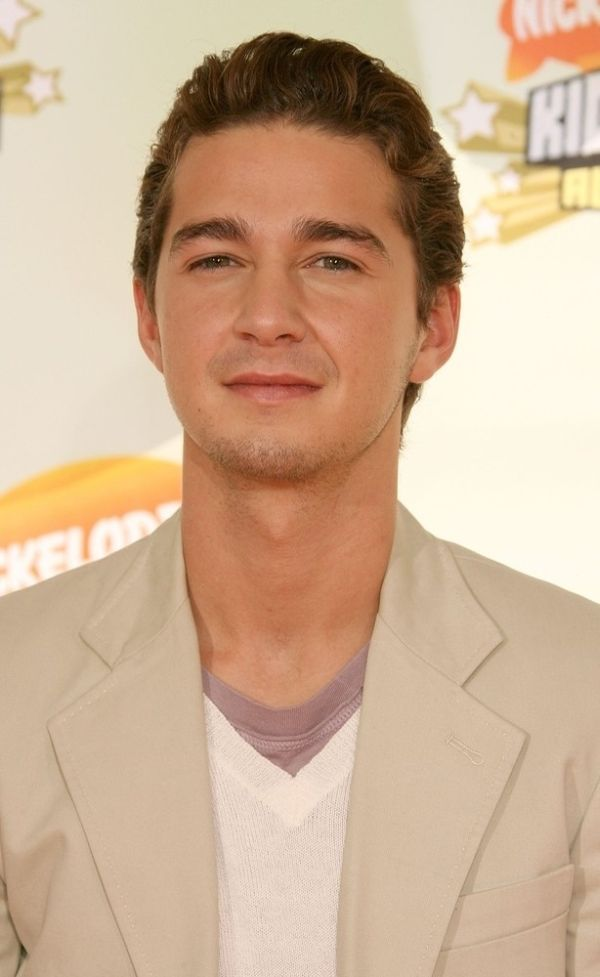 The Evolution Of Shia LaBeouf's Hair (13 pics)