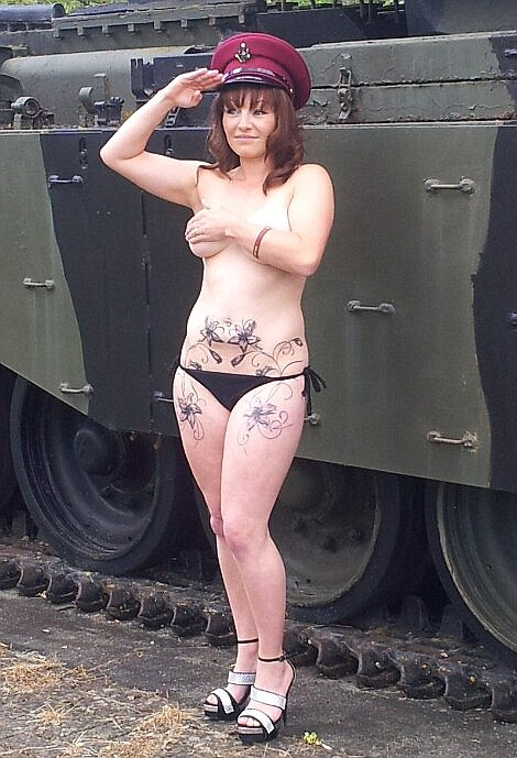 Support Prince Harry with a Naked Salute! (28 pics)