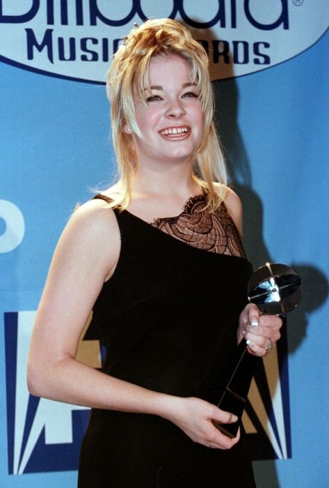 The Evolution Of LeAnn Rimes (72 pics)