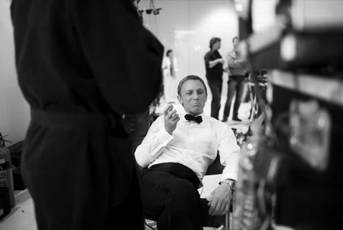 James Bond Behind the Scenes (18 pics)