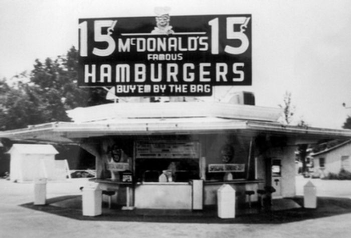 The First McDonald's Restaurants (14 pics)