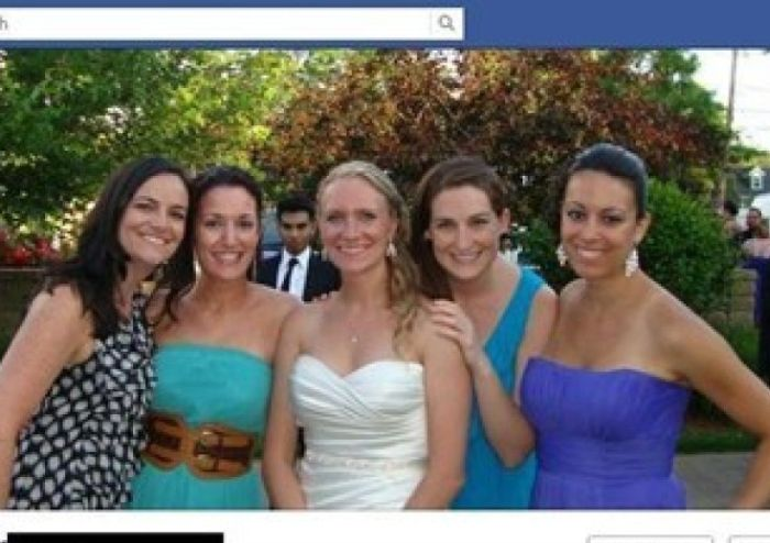 Wedding Photobombs (23 pics)