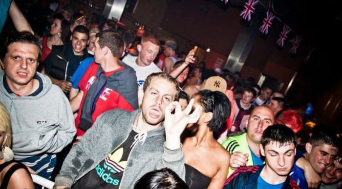Funny Nightclub Photos (50 pics)
