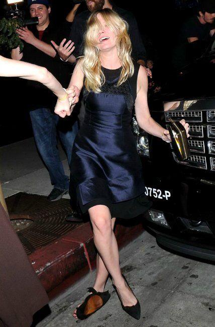 Drunk Kirsten Dunst (17 pics)