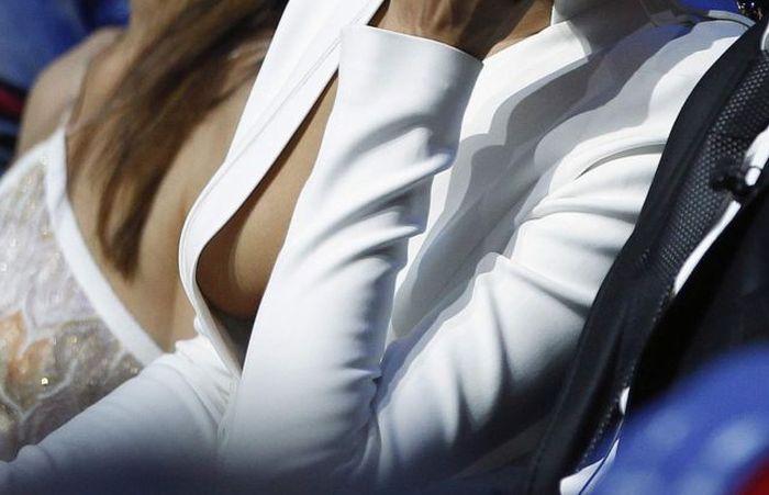 Irina Shayk's Beautiful Curves (7 pics)