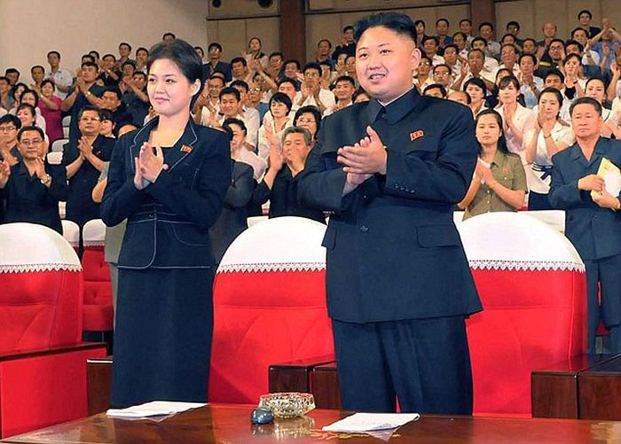North Korean First Lady Ri Sol Ju (8 pics)