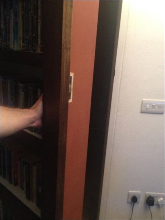 Secret Doors (41 pics)