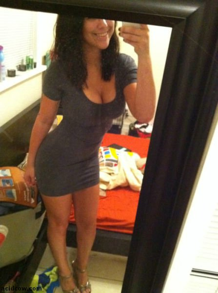 Hot Self-Taken Mirror Pics (52 pics)