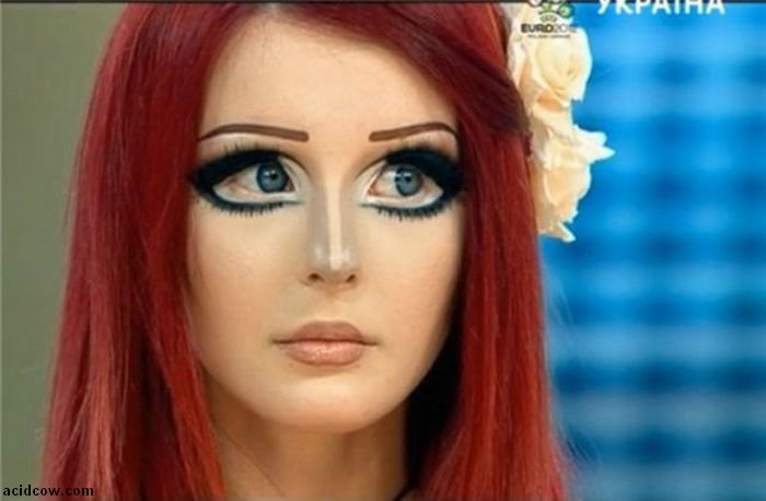 Girl Who Looks Like an Anime Doll (27 pics)