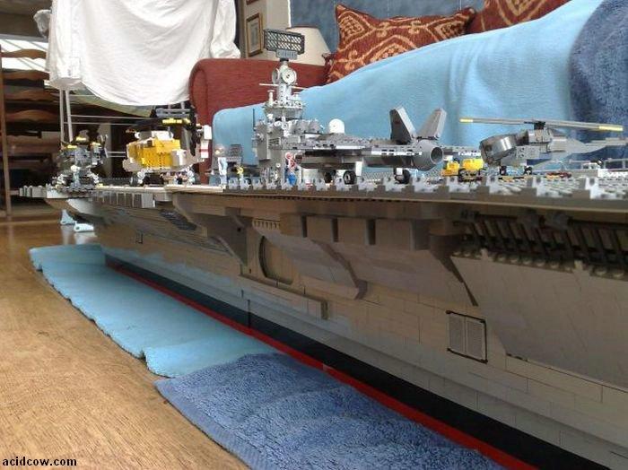 LEGO Battleship (19 pics)