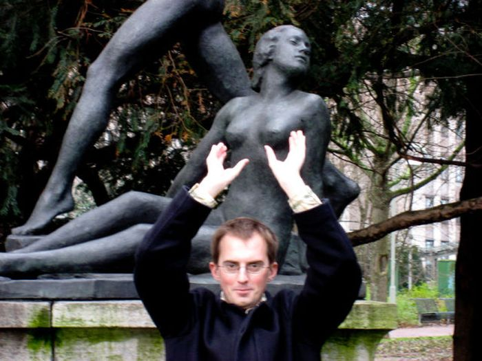 Fun with Statues. Part 2 (73 pics)