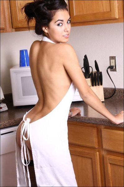 Hot Kitchen Girls 43 Pics-9224