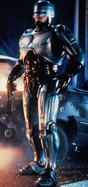 On the Set of the New RoboCop (9 pics)