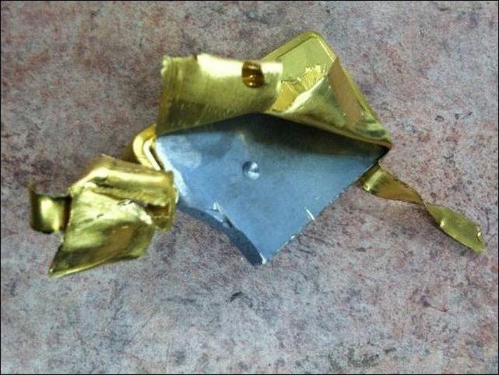 Fake Gold Bar (4 pics)