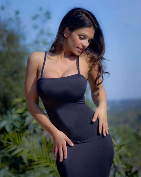 Sexy girls sexy dress