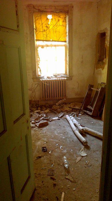 Abandoned Hospital in Maryland (134 pics)