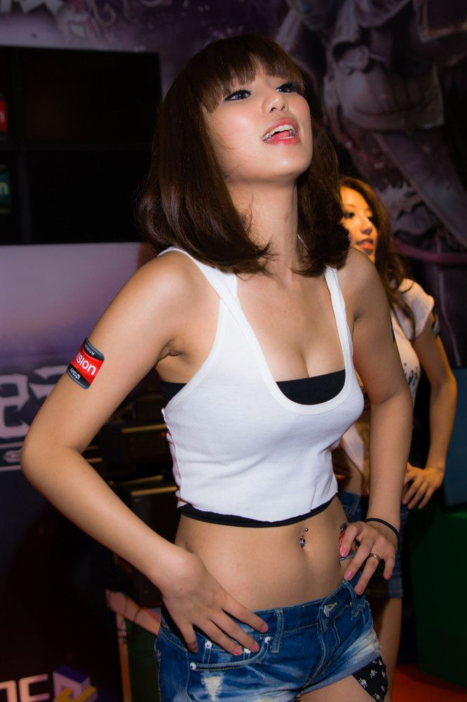 Hot Models In Taipei (93 Pics
