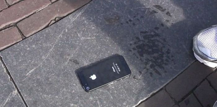 Nice iPhone 5 Prank (16 pics)