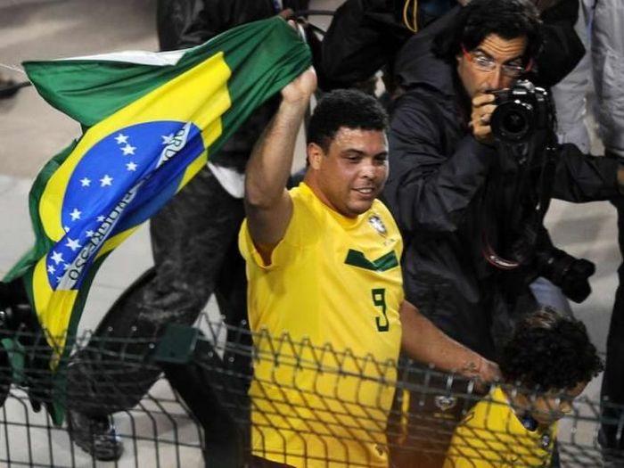 Ronaldo Got Fat (12 pics)