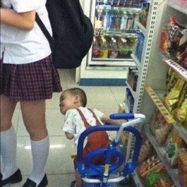 Kids Gone Wild (35 pics)