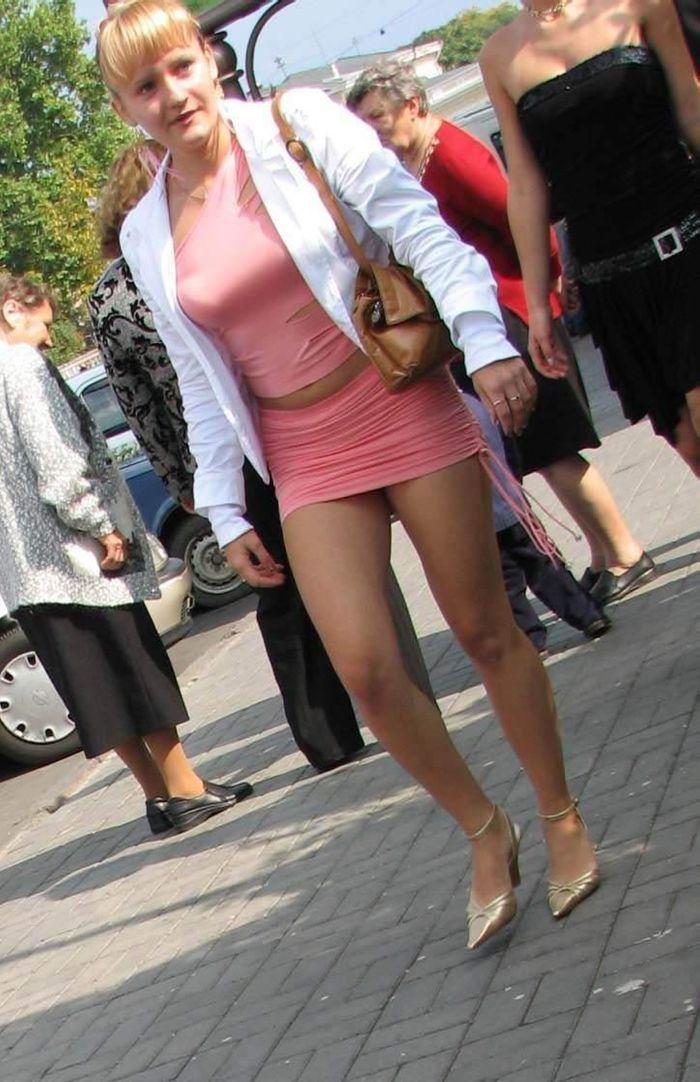 Bridesmaid in Pink (8 pics)
