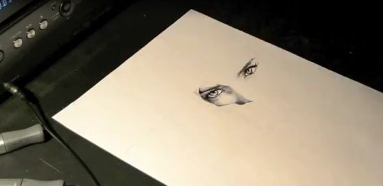 Unbelievable Speed Drawing Performance