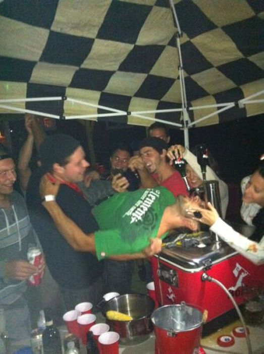 Drunk People (49 pics)