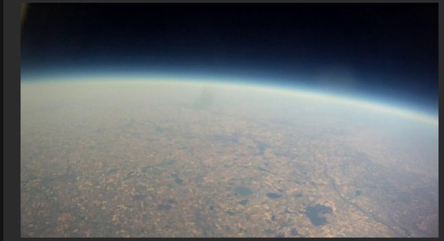 Weather Balloon Project (11 pics)