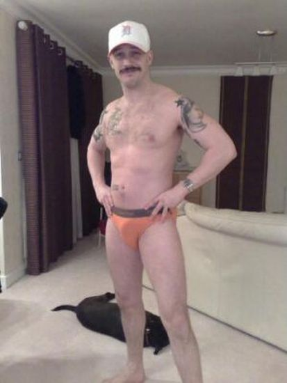Tom Hardy's Old Myspace Profile Images (42 pics)