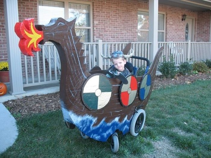 The Best Wheelchair Costumes (20 pics)