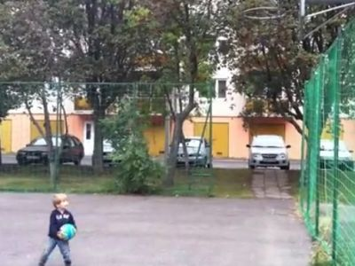 Great Throw Made By Little Kid