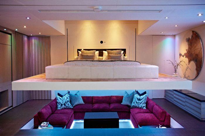 Sunken Living Room (6 pics)