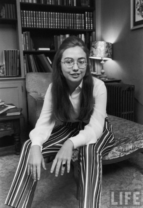 Hilary Clinton in 1969 (8 pics)