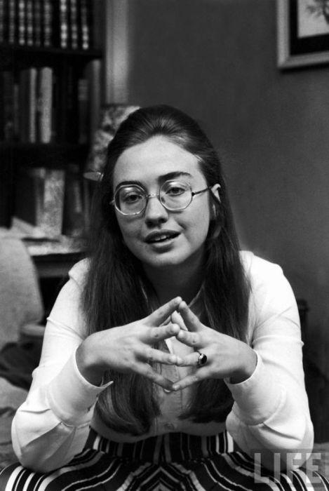 Hilary Clinton in 1969 (8 pics)