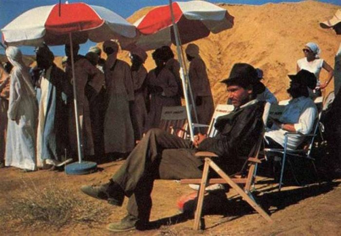 """Behind the Scenes Photos of """"Raiders of the Lost Ark"""" (31 pics)"""