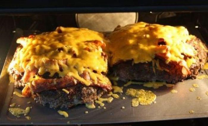 Pizza Burger (10 pics)