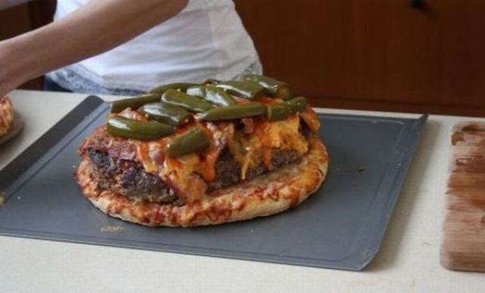 Pizza Burger (10 pics)
