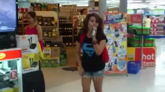 Unexpected Random Girl Sings Karaoke in Supermarket
