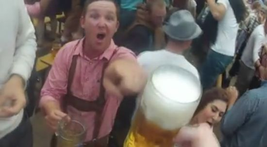 Awesome 'Smack My Bitch Up' Remix in The Oktoberfest Style