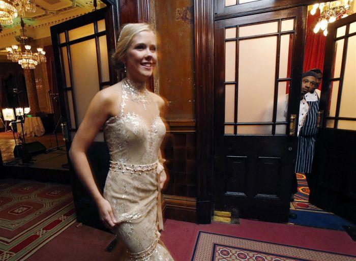 Queen Charlotte's Ball 2012 (21 pics)